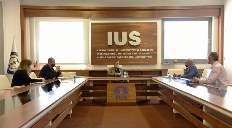 Sporazum o saradnji između IUS i Centra za napredne tehnologije